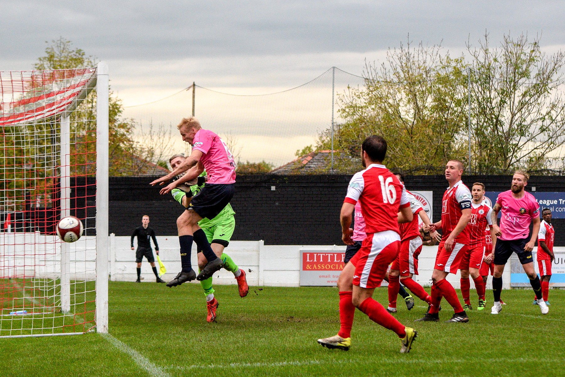 Ashton United 3 Gainsborough Trinity 1